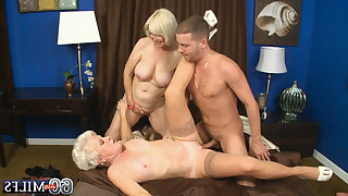 Torrid man hard fucks two blonde matures in shaved cunts till their orgasms on bed