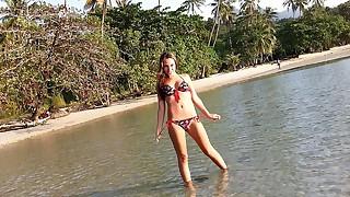 Fantastic beach porn vid