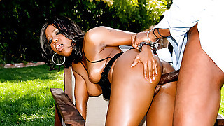 Sexy Black Bombshell Loves Gaging On A Gigantic..