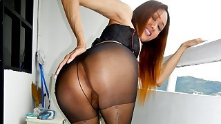 Cute ladyboy in stockings will cum for you in..
