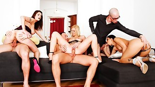 Hot Party That Finished In An Swinger's Orgy! Not To Miss!