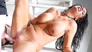 Angela deep-throats a hard cock & gets her wet pussy fucked