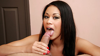 Explicit and wet fellatio with dark haired beauty