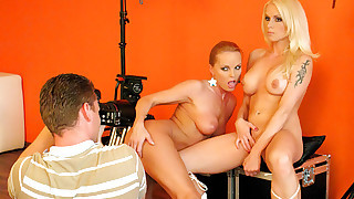 Silvia Saint is THE photographer in this behind the scene!