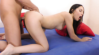 Sexy Spinner Lilu Moon Makes a Big Cock Cum Two Times