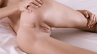 WowGirls presents - fuck-me-everywhere-girl